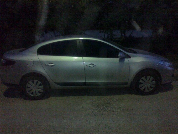 Фото Renault Fluence 1.6L 5MT (2011г. в. 17 000 км)