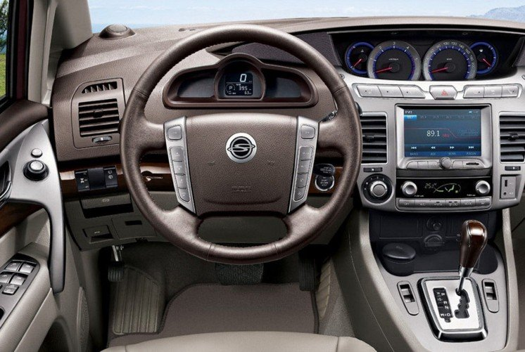 Фото салона SsangYong Stavic 2013