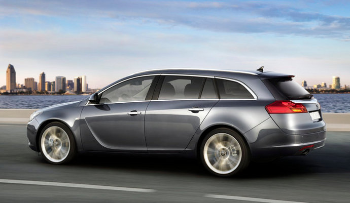 Фото Opel Insignia Sports Tourer