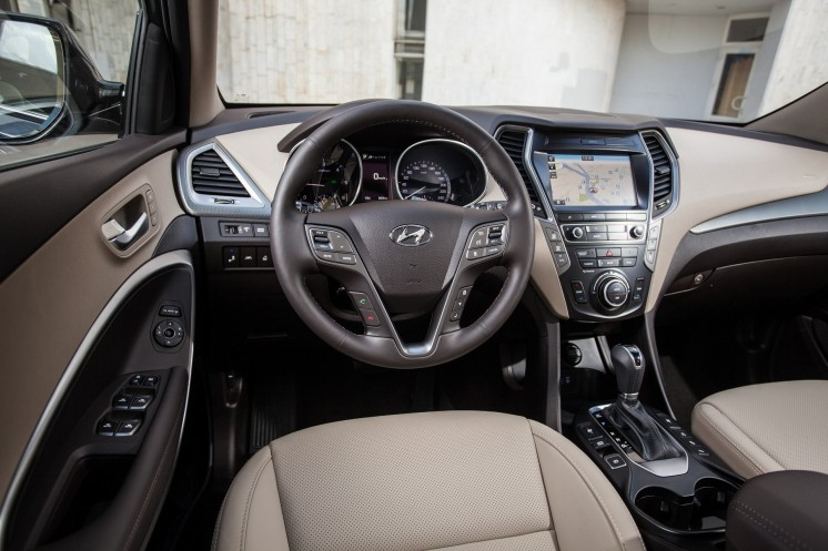 Hyundai Grand Santa Fe 2017 Photo 4