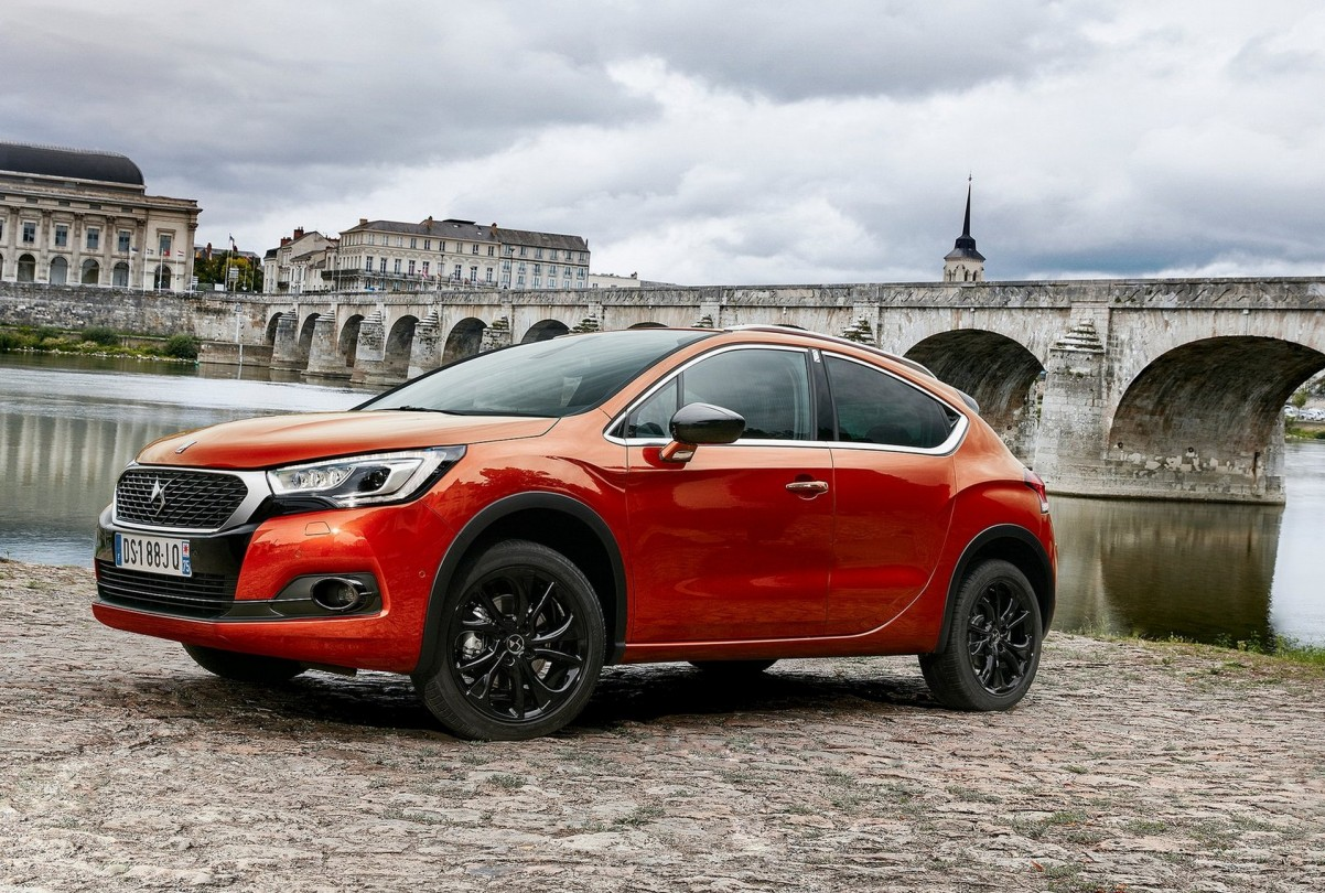 DS 4 crossback 2017 Photo 03