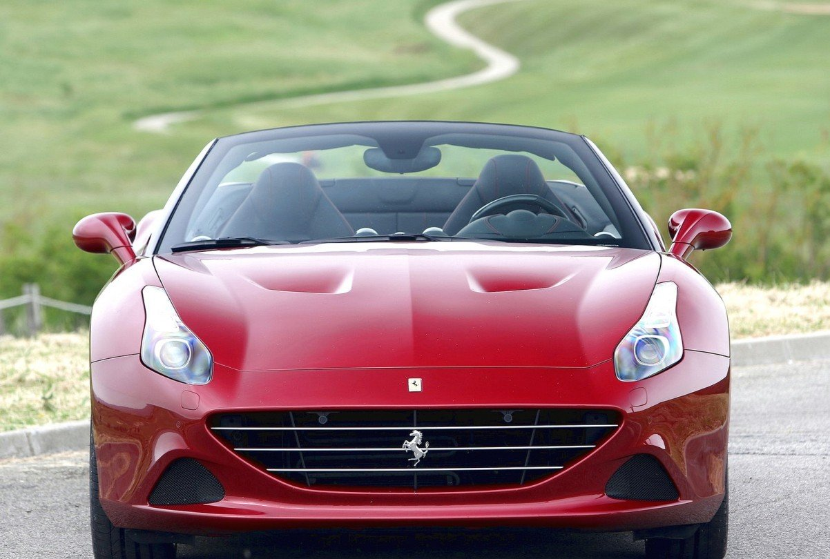 Видео Ferrari California Т