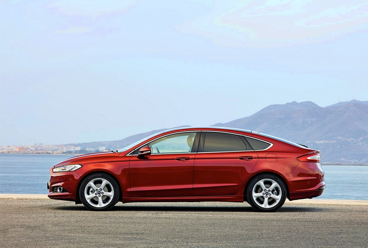 Фото Ford Mondeo 2015