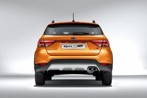 Kia Rio-X-Line Photo 4